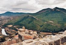 A village in the northern region of Navarra. / Cecilia Rodríguez, Unsplash