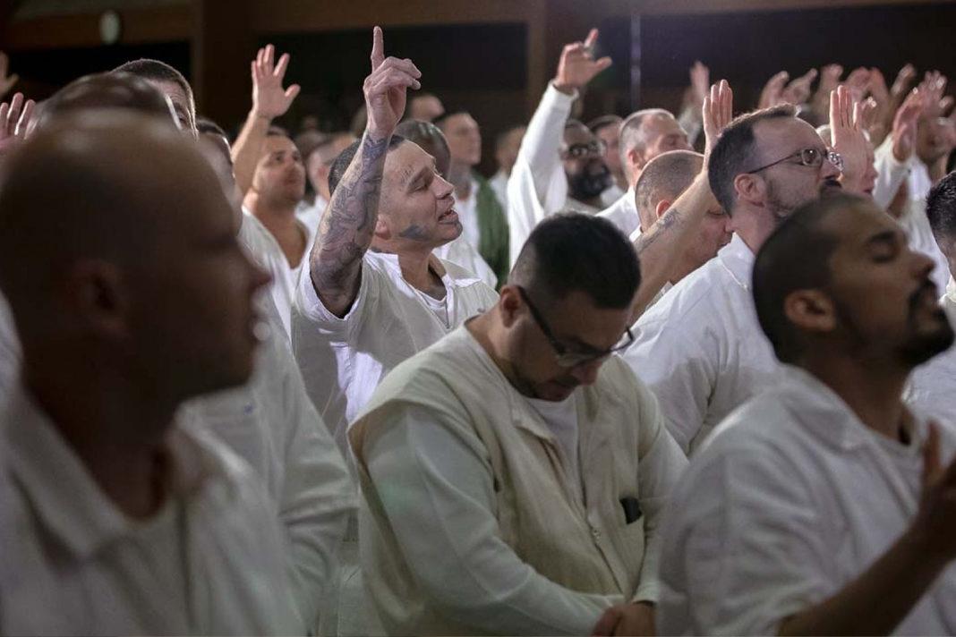 Rival Gang Members Baptized