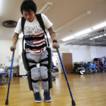 Israeli device that lets paralyzed people walk