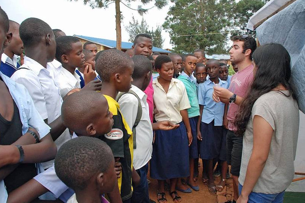 Israeli high school students (right) teach students in Rwanda how to grow their own Spirulina.