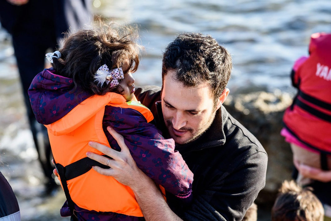 Yotam Politzer in Greece, helping Syrian refugees