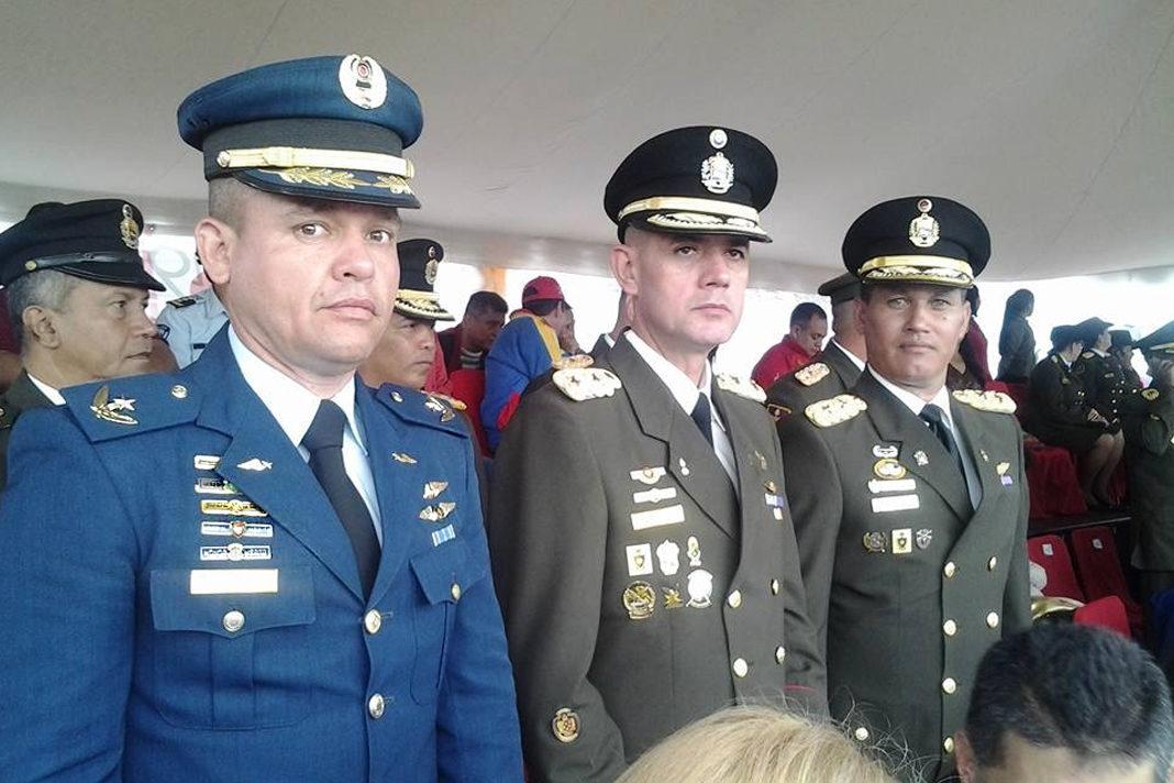 Pastor José Albeiro Vivas (left) is also a major of the Venezuelan Air Force. (Photo: Playback / Facebook)