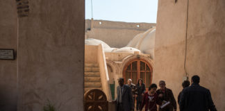 Egyptian Coptic Christians walk inside the Syrian Monastery in Wadi EI Natrun, Beheira Province, Northwestern Egypt on March 7,2015./ Pan Chaoyue / Max PPP