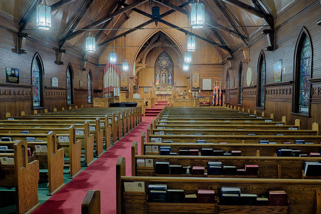 The interior of St. Luke's Anglican Church in Burlington, Ontario. Creative Commons photo.