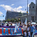 Tens of thousands of Costa Ricans took the streets to defend life. / Evangélico Digital.