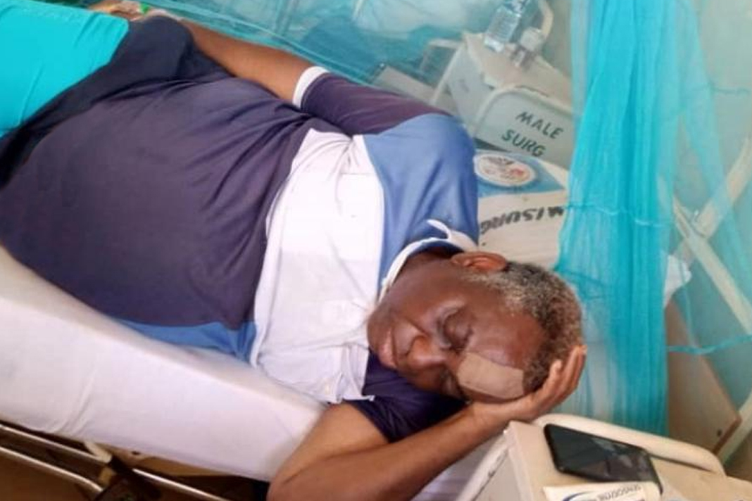 Pastor Bayo Famonure was treated in hospital for his wounds after being shot in the head and leg by Fulani militants [Image credit: CSW]